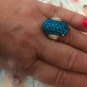 Jewelry - BNWOT women's genuine blue topaz gemstone ring